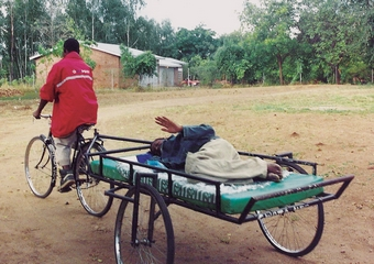 malawi_bicycle_ambulance_02