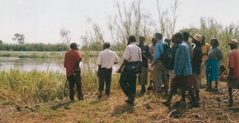 malawi_shire_river_agriculturalists
